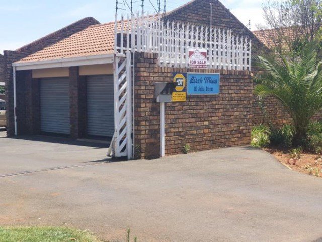 Birchleigh North Townhouse For Sale