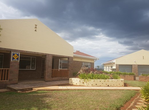 5 Bedroom House to Rent in Observation Hill