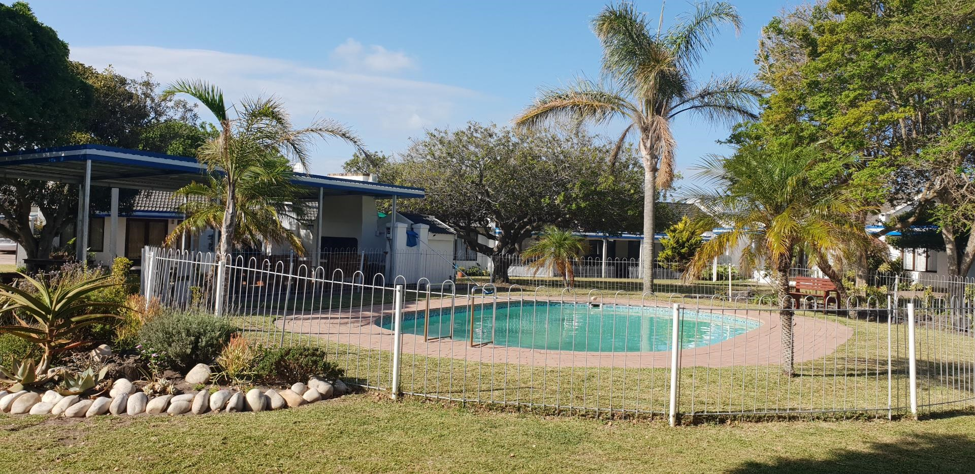 2 Bedroom Townhouse for Sale in Paradise Beach