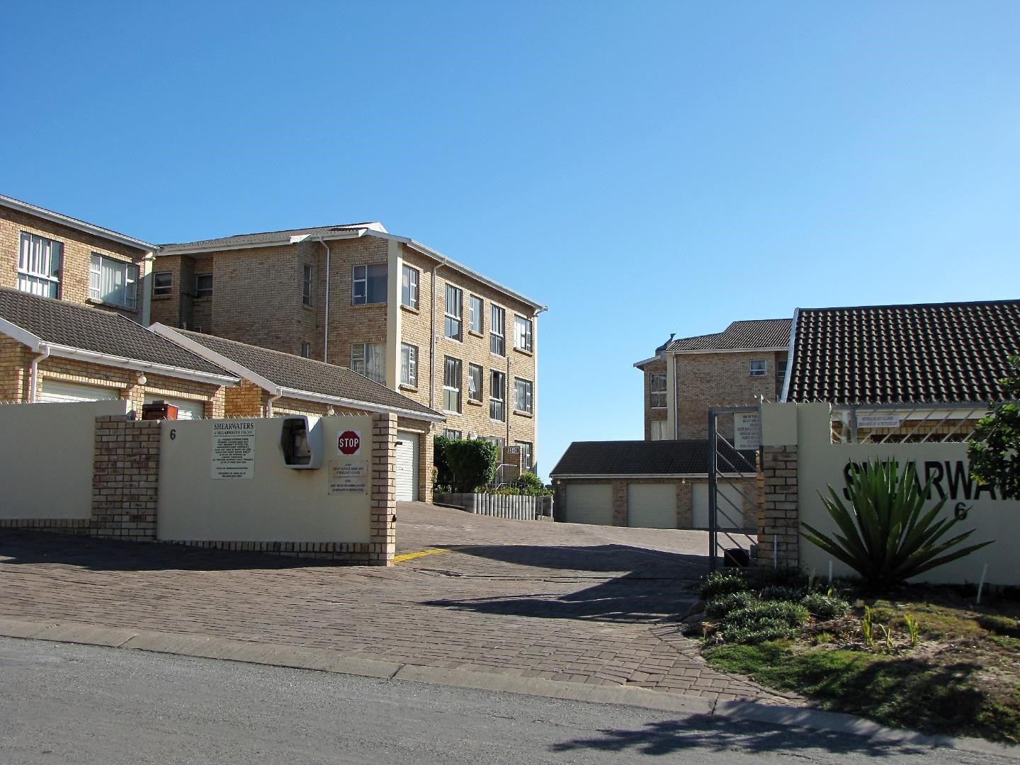 3 Bedroom Townhouse for Sale in Aston Bay
