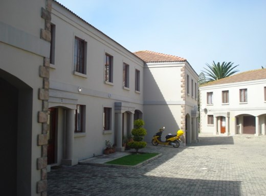 3 Bedroom Townhouse for Sale in Paradise Beach