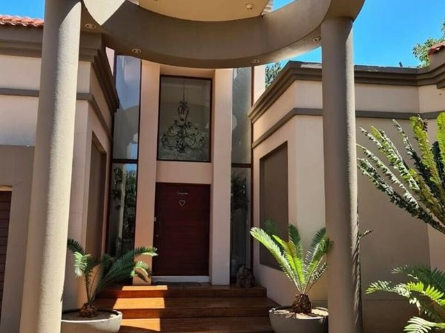 Vaal River House For Sale