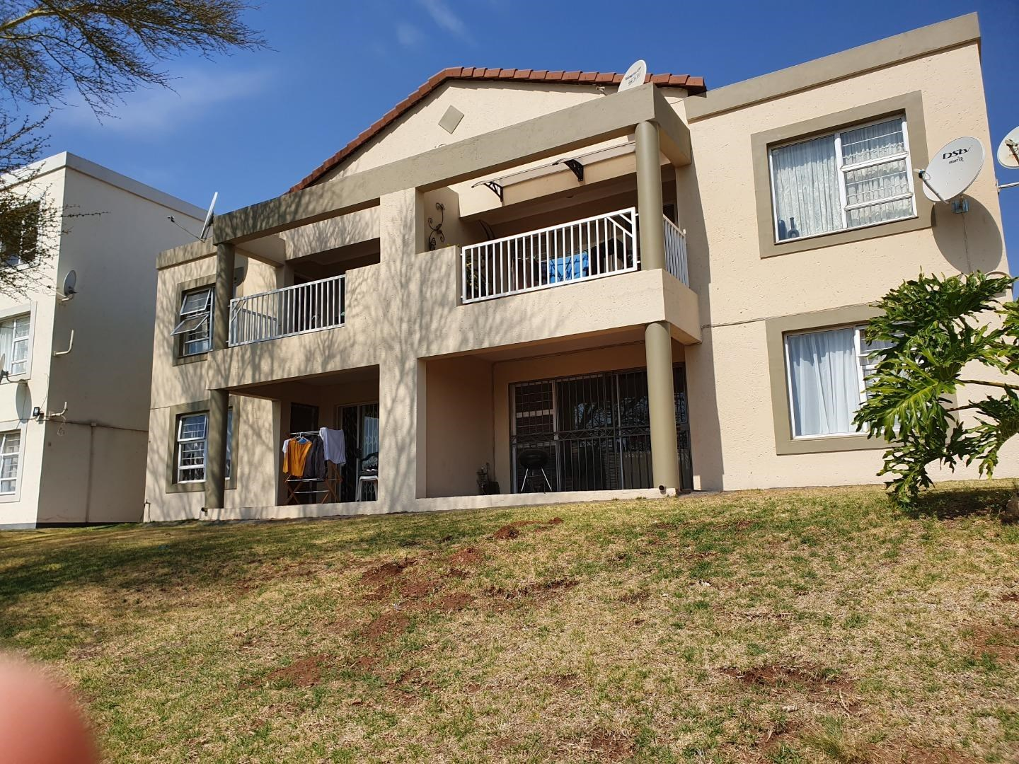 2 Bedroom Apartment to Rent in Kloofendal