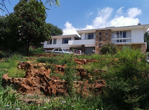 3 Bedroom House for Sale in Wilro Park