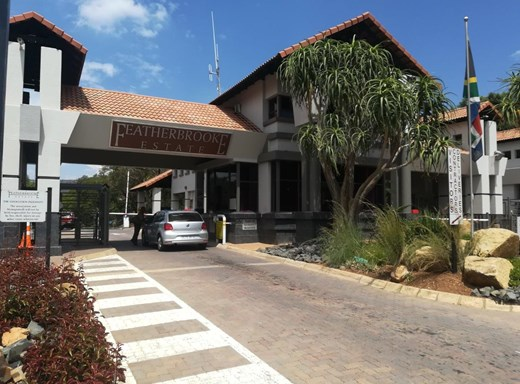 5 Bedroom House to Rent in Featherbrooke Estate