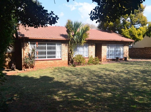 3 Bedroom House for Sale in Witpoortjie