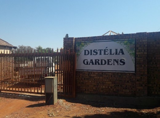 3 Bedroom Townhouse for Sale in Krugersdorp North