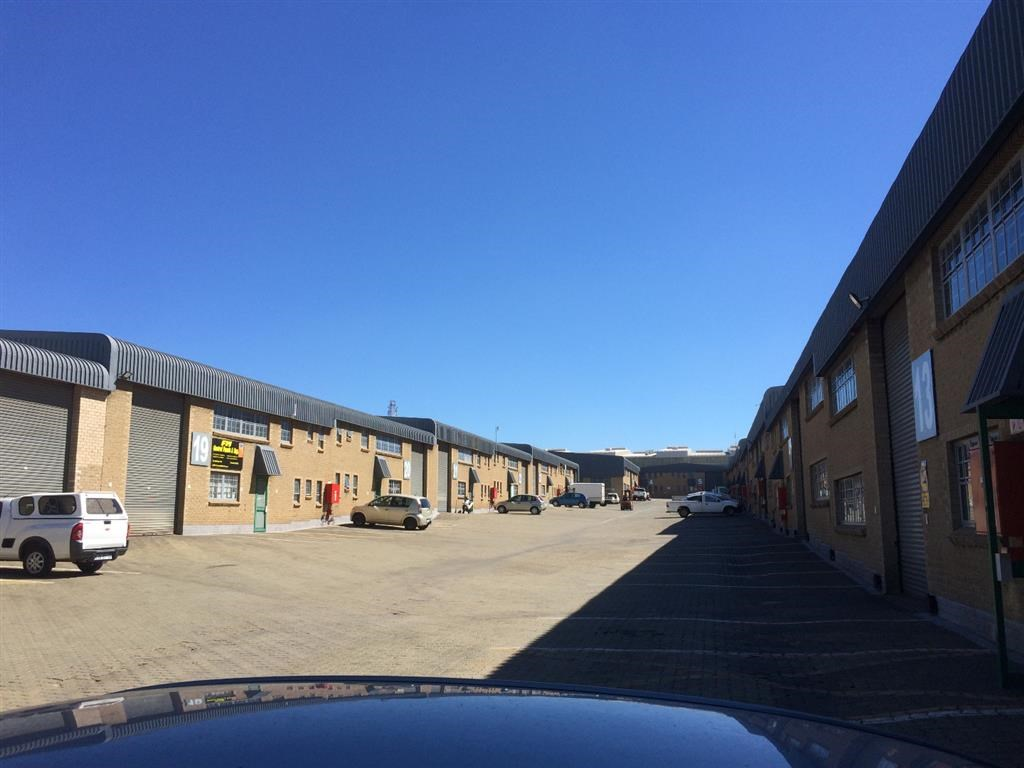 Industrial to Let in Rustivia