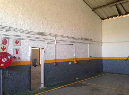 Industrial to Let in Halfway House