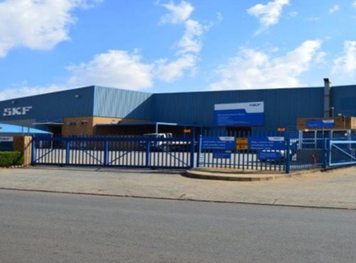 Industrial to Let in Hughes