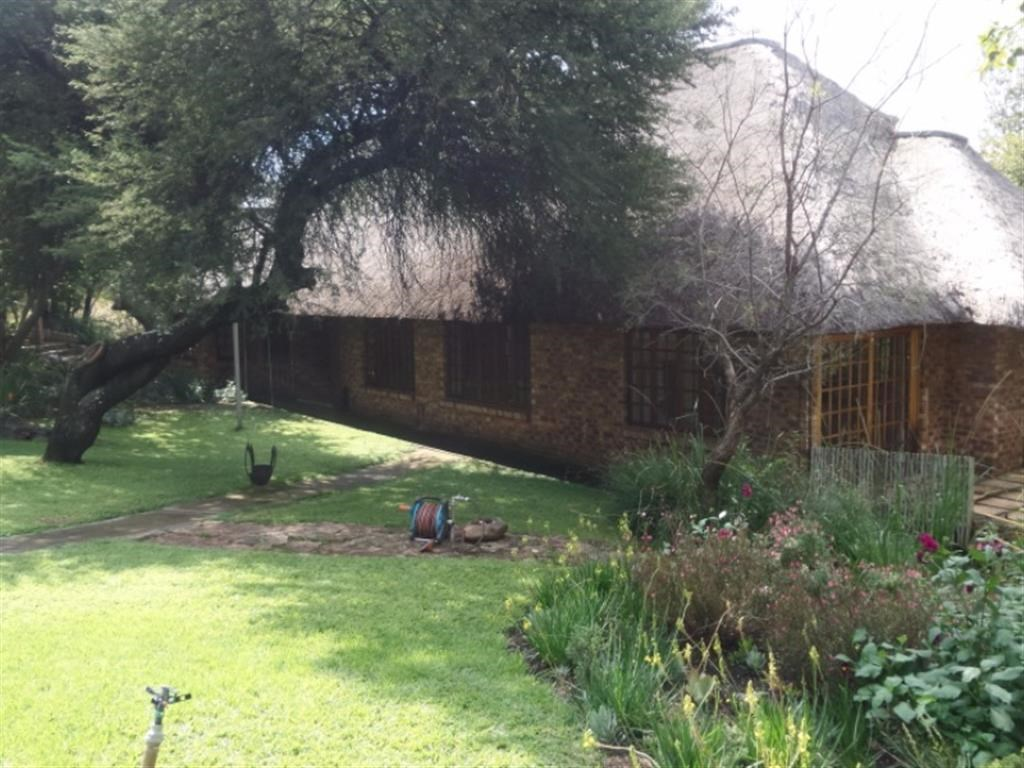 3 Bedroom Farm for Sale in Lanseria