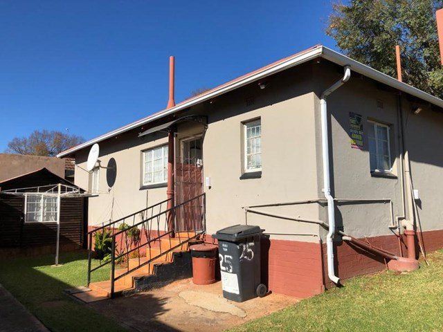 Newlands House For Sale