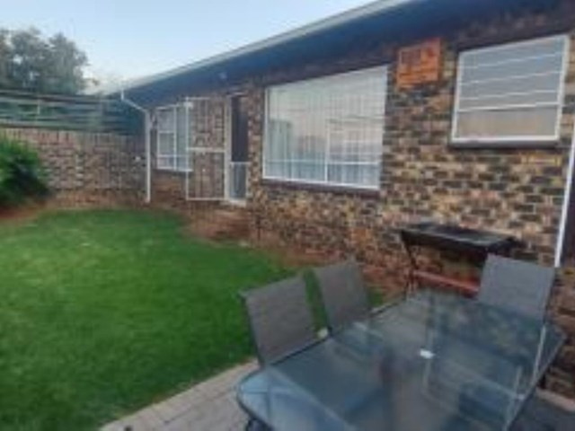 Rangeview Townhouse For Sale