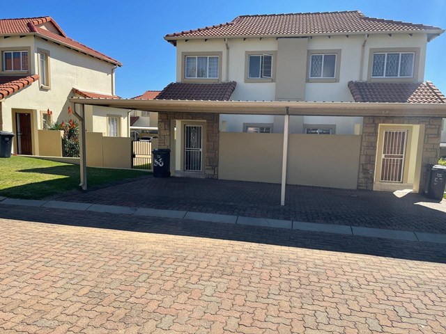 North Riding AH Townhouse For Sale