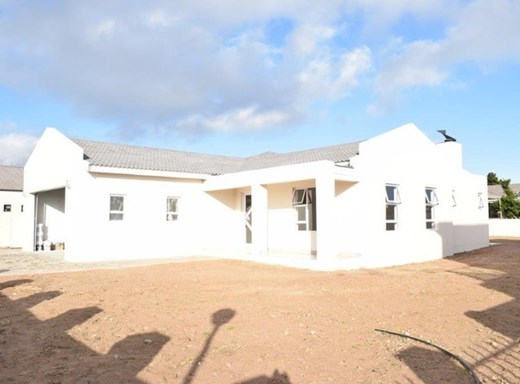 3 Bedroom House for Sale in Country Club