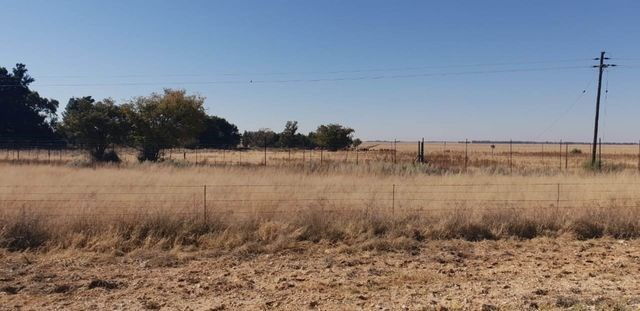 4 Bedroom Farm for Sale in Vryburg