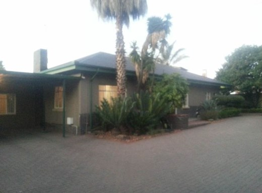 9 Bedroom House for Sale in Witbank Central