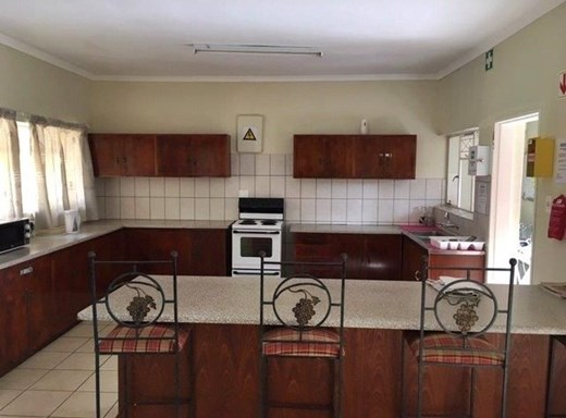 5 Bedroom House for Sale in Universitas