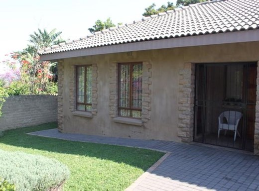 2 Bedroom House for Sale in Barberton