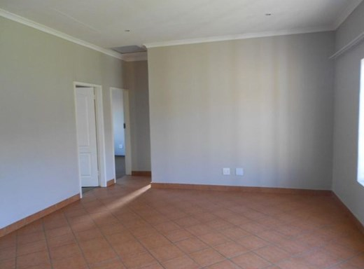 2 Bedroom Townhouse for Sale in Tasbet Park