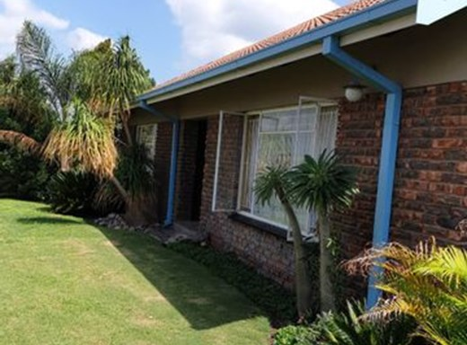 3 Bedroom Small Holding for Sale in Brits Central
