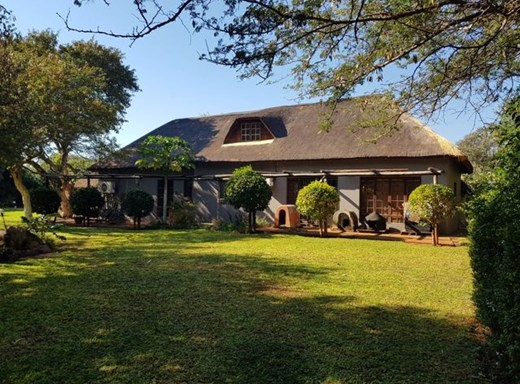 4 Bedroom Small Holding for Sale in Thabazimbi