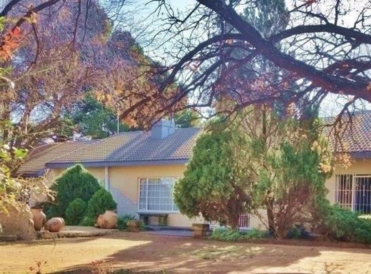 5 Bedroom Farm for Sale in Bloemfontein