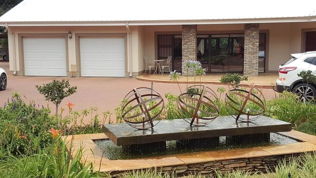 4 Bedroom House for Sale in Wilkoppies
