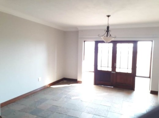 2 Bedroom Flat for Sale in Melodie