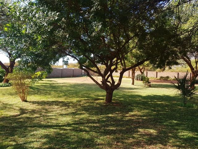 3 Bedroom Small Holding for Sale in Thabazimbi