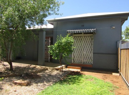 3 Bedroom House for Sale in Vryburg