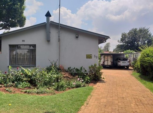 5 Bedroom House for Sale in Delmas
