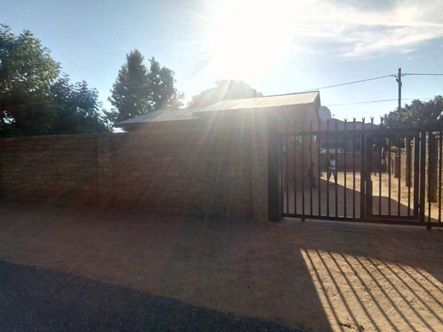 Lethlabile House For Sale