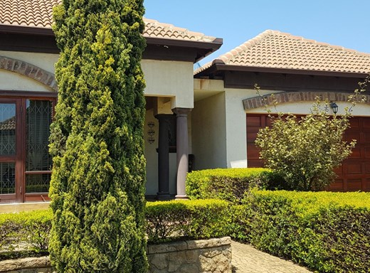 3 Bedroom Townhouse for Sale in Blancheville