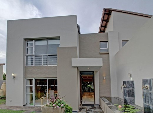 3 Bedroom House for Sale in Six Fountains