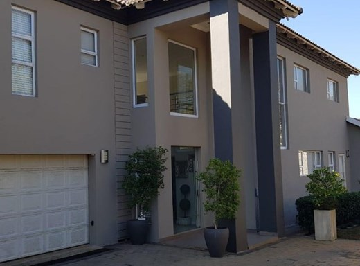 4 Bedroom House for Sale in Ashlea Gardens