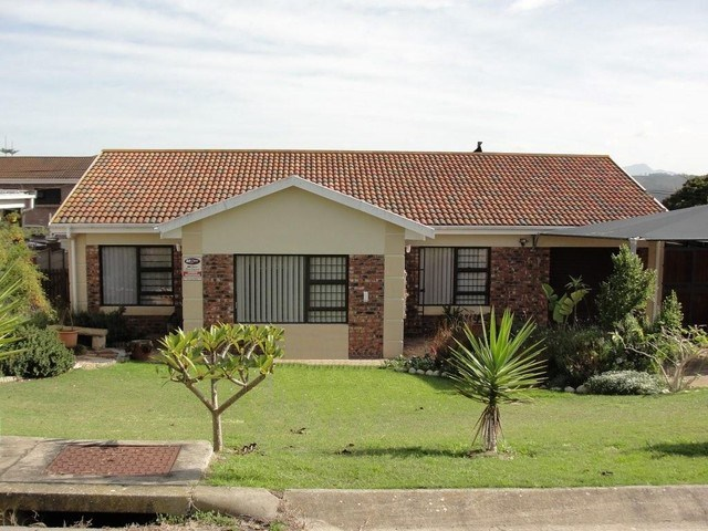 3 Bedroom House for Sale in Fraaiuitsig