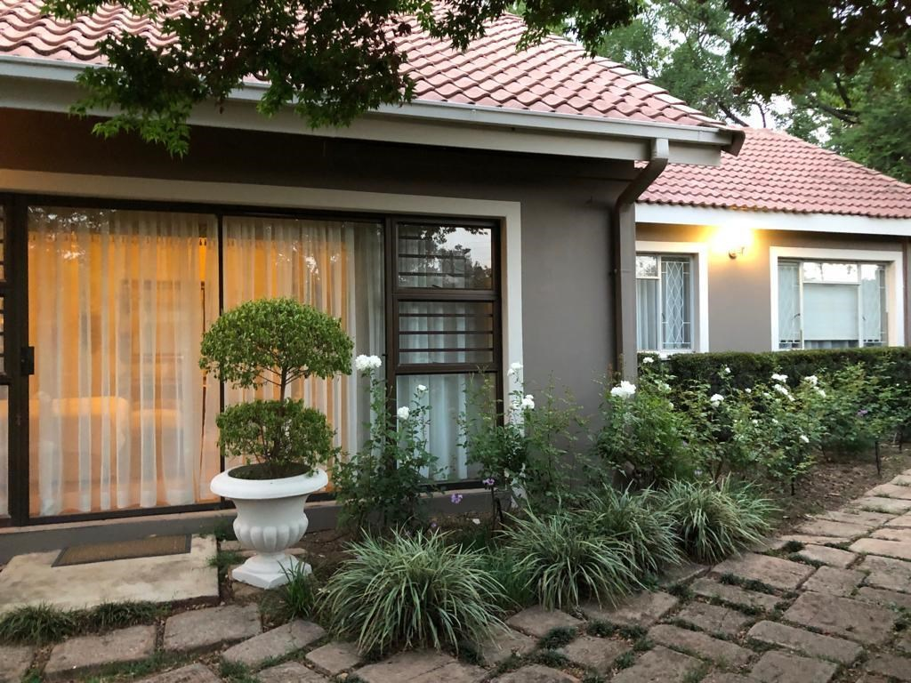 7 Bedroom House for Sale in Waterkloof