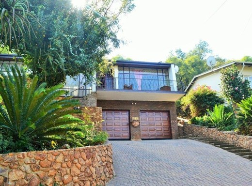 4 Bedroom House for Sale in Rietondale