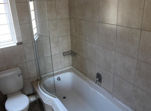 2 Bedroom Flat to Rent in Onverwacht