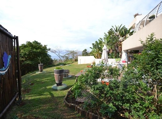 4 Bedroom Apartment for Sale in Simbithi Eco Estate