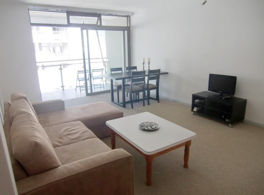 2 Bedroom Apartment for Sale in Claremont