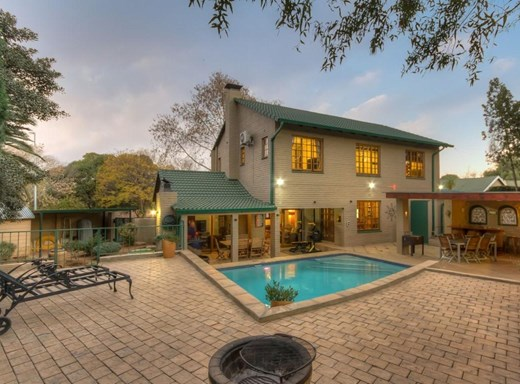 4 Bedroom House for Sale in Sundowner