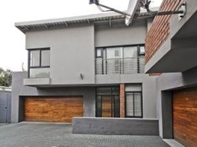 Greenside Townhouse To Rent