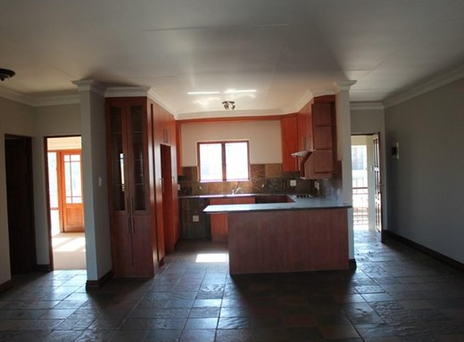 2 Bedroom Townhouse for Sale in Melodie