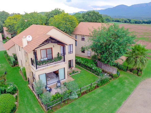 3 Bedroom House for Sale in The Coves