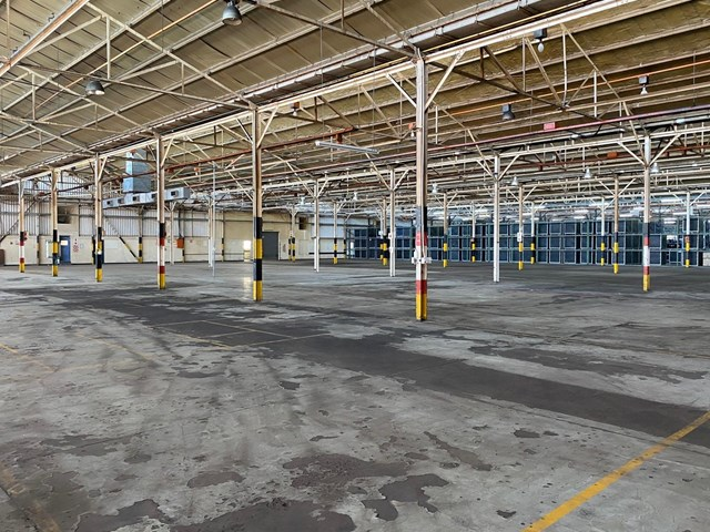 Central Warehouse To Rent