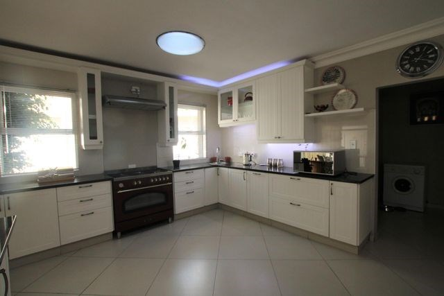 4 Bedroom House for Sale in Dunvegan