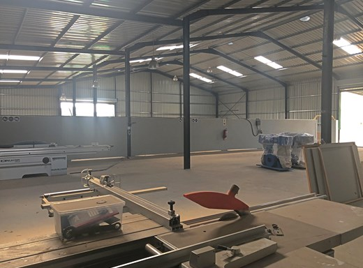 Warehouse to Let in Rocky Drift