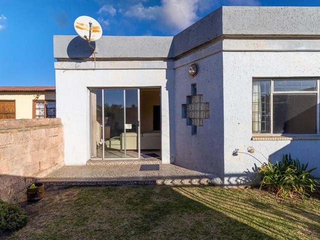 Orlando West House For Sale